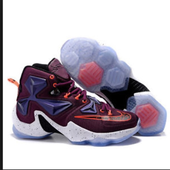 best sneakers 35795 c891d Nike Lebron XIII Mulberry Black Pure Platinum. M 5baff52d12cd4aa47794fc61